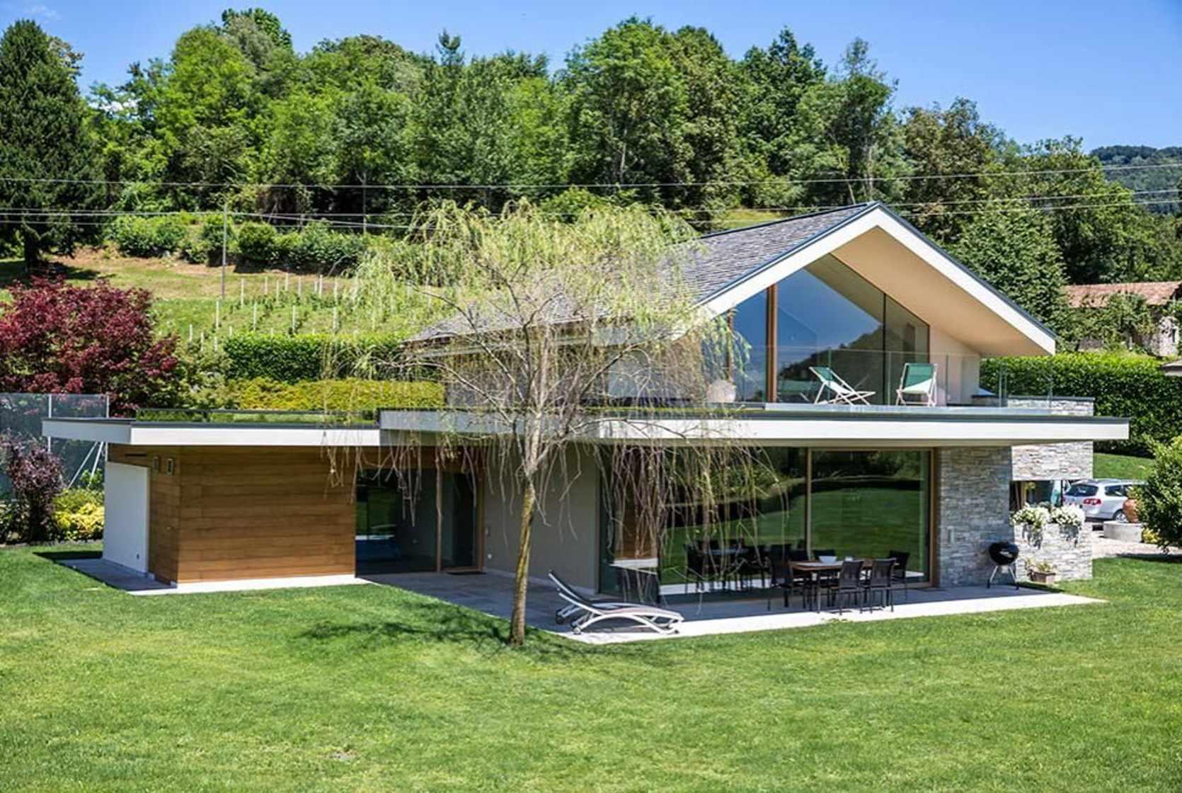 Modern house - Novara Italy