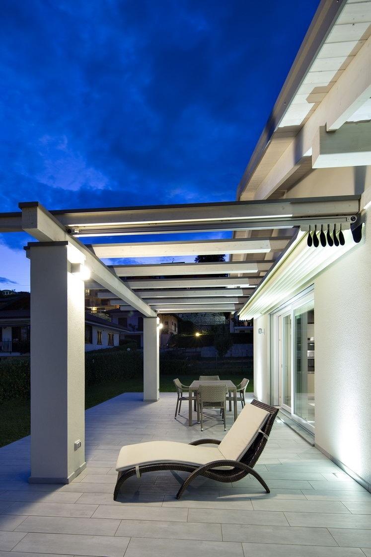 Timeless Beauty And Elegance Modern Glass House Modern