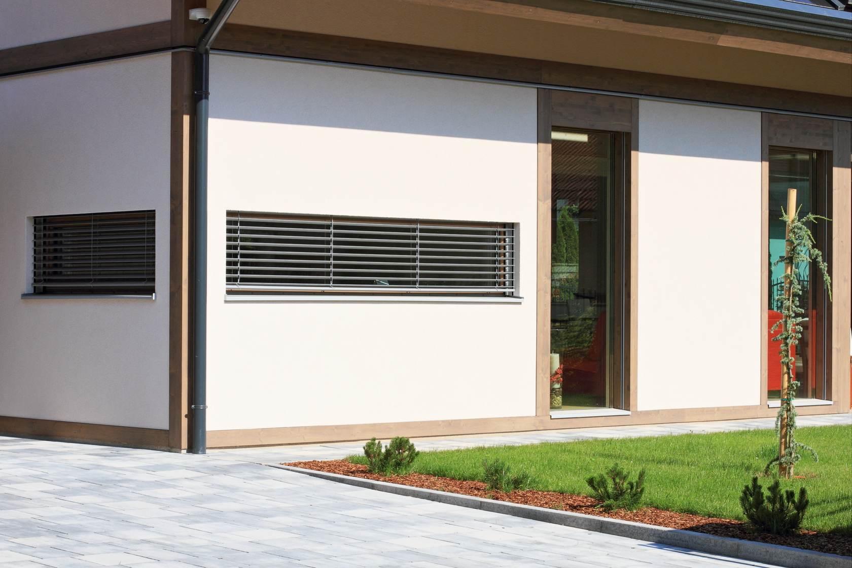 Vita nova classic modern glass houses kager for Vita house