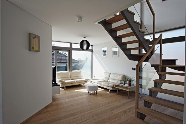 Modern glass house by KAGER HOUSE