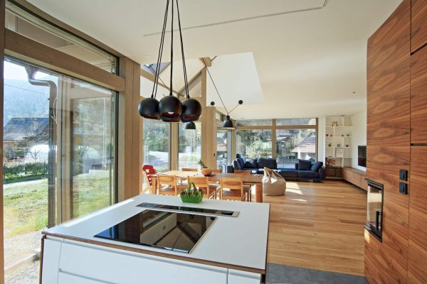 Glass house by KAGER HOUSE