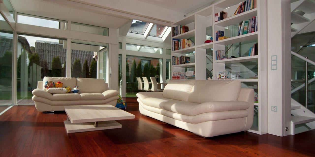 Glasshouse - Elegance in white